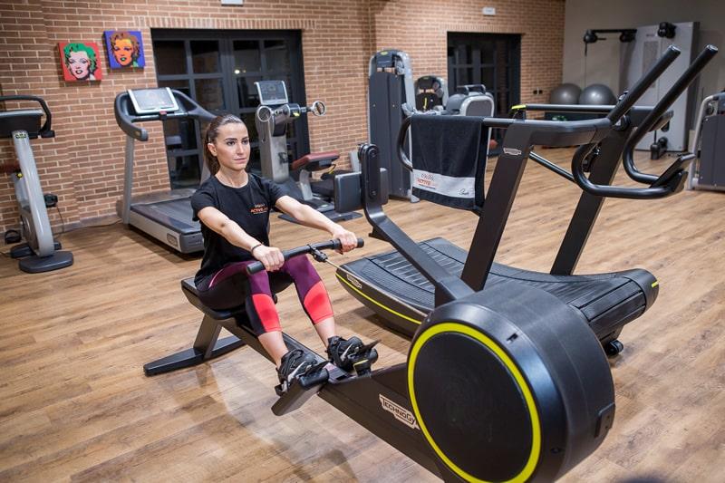 Skill row esercizio braccia